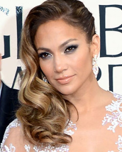 cos-05-jennifer-lopez-golden-globe-awards-2013-beverly-hilton-mdn-88460198