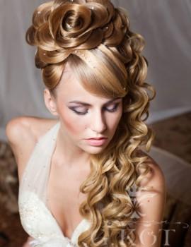 lthumb_picture-svadebnaya-pricheska-roza-iz-kosy_168649131704428151