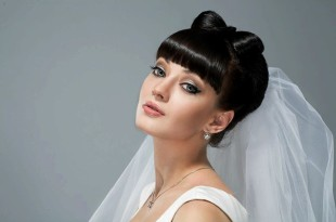 свадебная причёска с чёлкой на длинные волосы