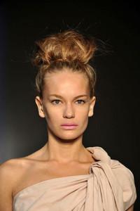 Прически и стрижки для прямоугольного типа лица