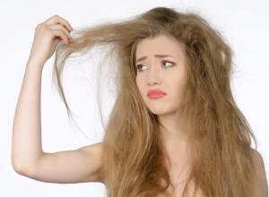 Почему пушатся волосы